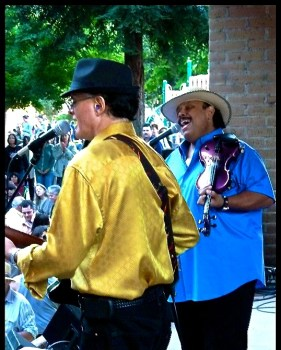 Carlos Reyes and Rolando will be at the Sausalito Seahorse Saturday Aug 26