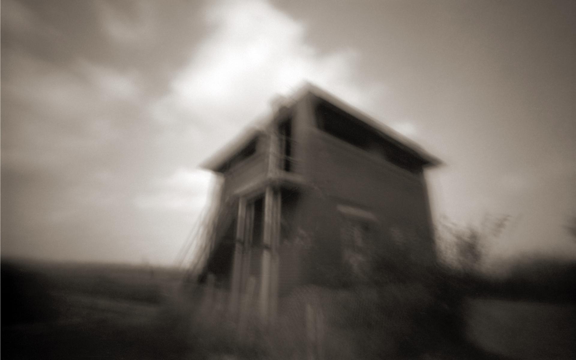 Fort Warren, Dennis Stein