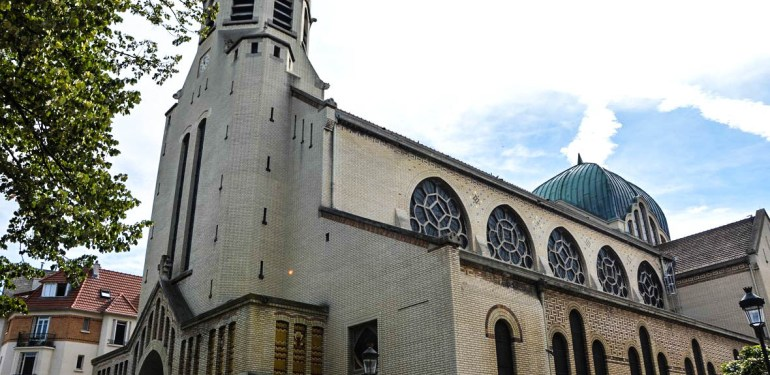 Bioéthique catholique : un blog créé pour les catholiques  répondant à l'appel. Eglise-saint-leon02