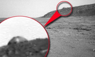 NASA spots strange structures on planet Mars