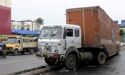 Eight dead as container falls on two buses on Lagos-Ibadan expressway