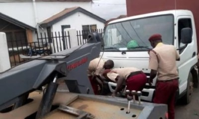 Oyo impounds 50 trailers over illegal parking on highway