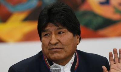 Bolivians celebrate Morales 'unexpected' resignation