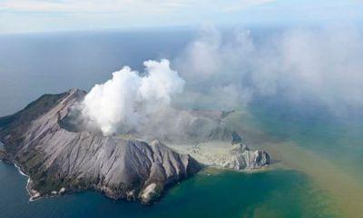 Five die in New Zealand's volcanic eruption