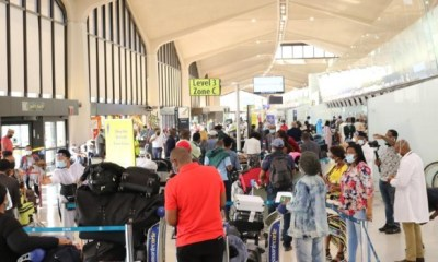 Another 322 Nigerians return from US over COVID-19 scare