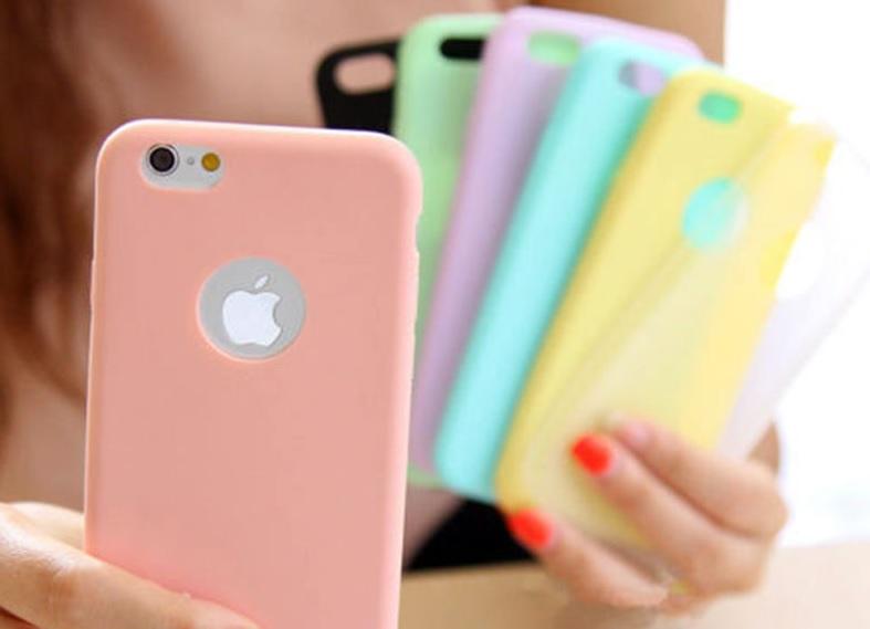 Custodia in silicone per tutti i modelli di iPhone a 1 euro spedizione compresa