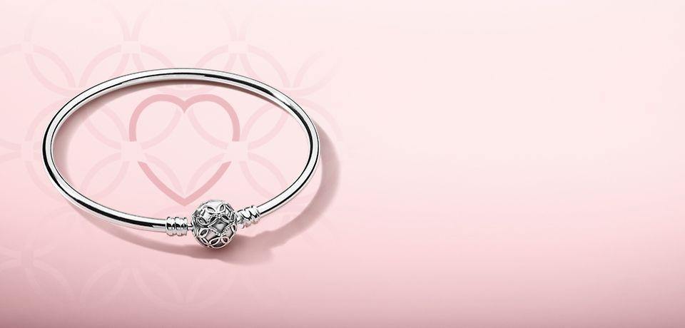 Bracciale Pandora in regalo