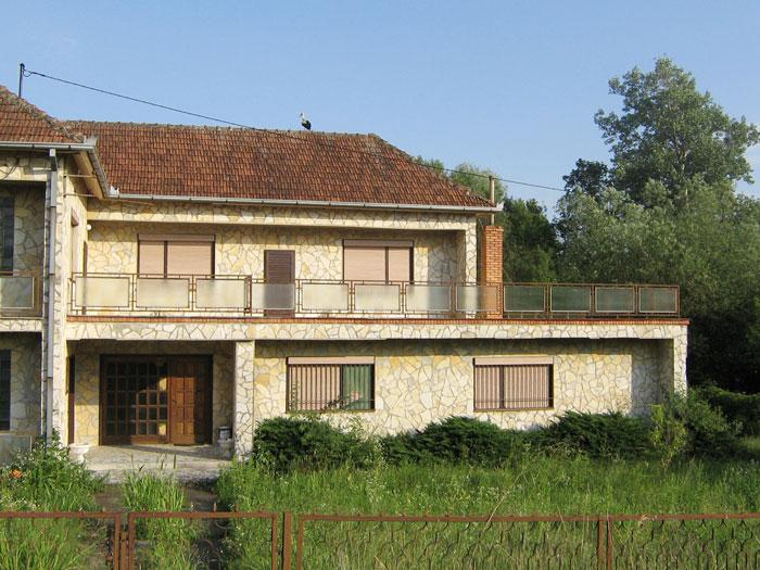 Imobilul din Straja