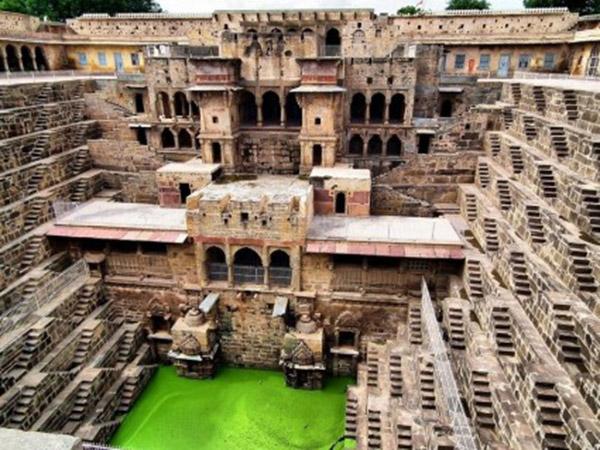 bijuterii-Chand-Baori-India-Foto-Flickr1-425x319