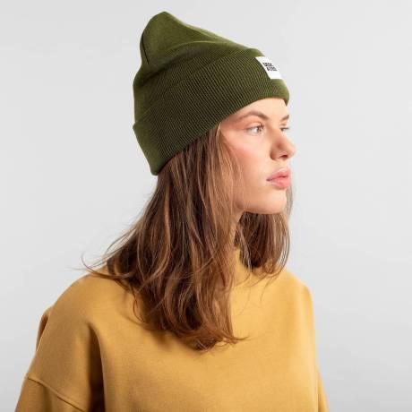beanie green 3
