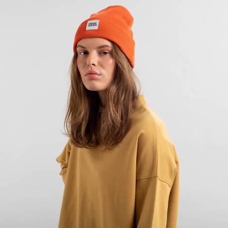 beanie orange 3