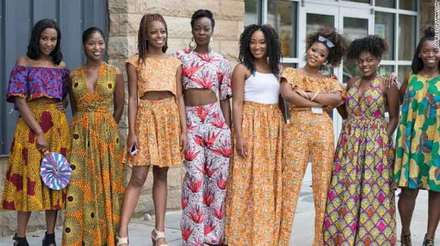 160707110936-zuvaa-african-fashion-large-group-exlarge-169