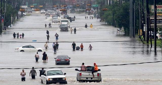 Swiss Re raamt schade  orkanen en aardbeving Mexico voor verzekeringsbranche op $ 95 miljard