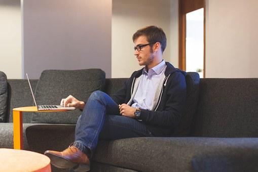 Achmea komt met zevental tips: Hoe ondersteun ik mijn medewerkers bij het thuiswerken?
