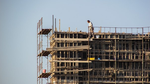 Aantal arbeidsongevallen neemt toe: Inspectie SZW gaat strenger toezien op preventie