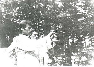 Підпільна Літургія в лісі. Архів ІІЦ