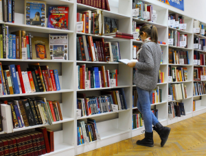 reading widely and frequently