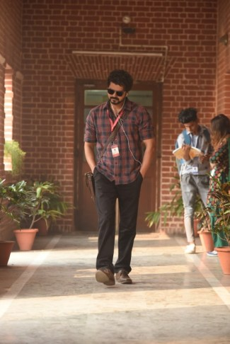 Vijay's Master (1)
