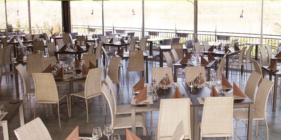 Salle de restaurant Le Riva en Bourgogne