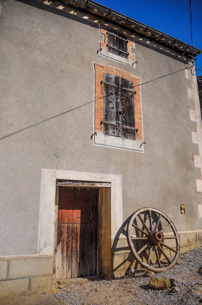 Wagon Wheel Rural France
