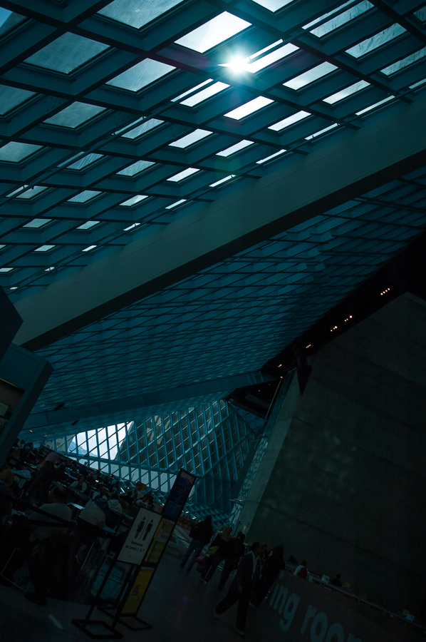 Seattle, Airport, Modern Angled Roof, Skylights