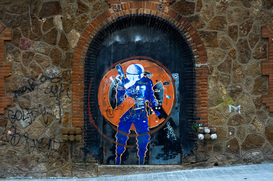 Graffiti - Spaceman - Urban Barcelona