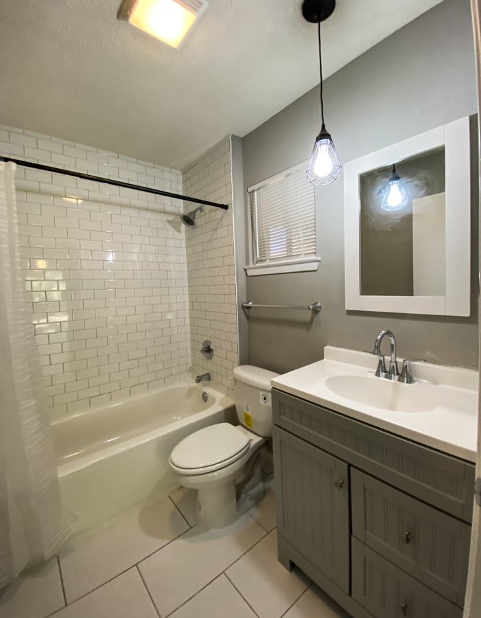 Real-estate bathroom photo modern tile shower