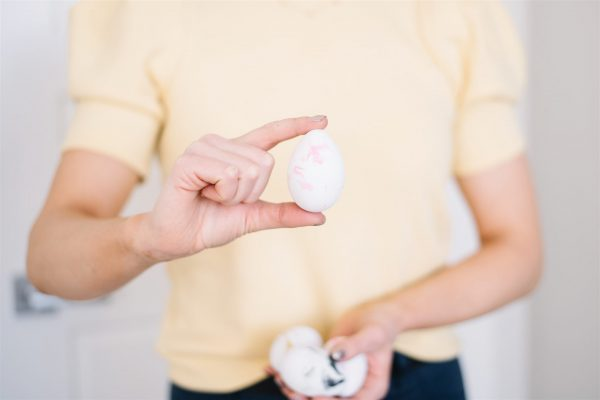 Marbleized eggs for easter, how to make marbled eggs with shaving cream