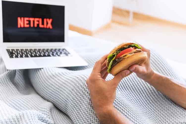 Travolta and Hackman on Netflix
