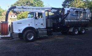 2015_0617_bunker_cleanup_truck
