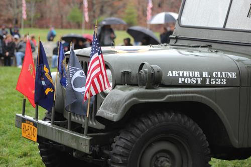 2015_1111_veterans_day_calverton_cemetery-25