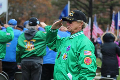 2015_1111_veterans_day_calverton_cemetery-27