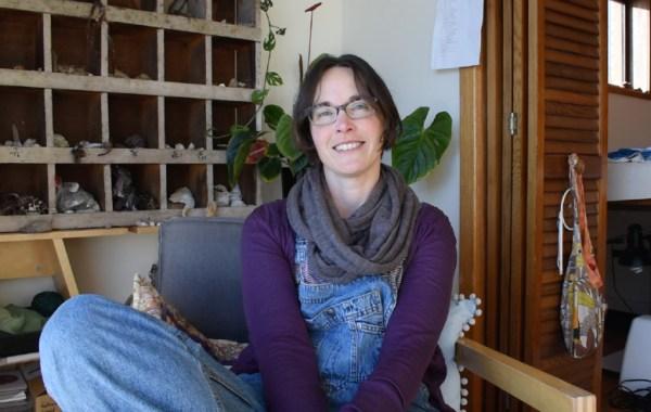 Julie Mia Holmes