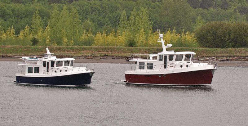 American Tug 395 vs 435-018