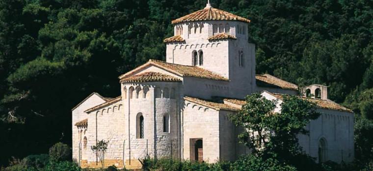 Resultado de imagen de Santa María de Portonovo junto a Ancona