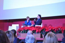 Alessio Praticò Premio Miglior attore emergente con la giornalista conduttrice Raffaella Salamina.