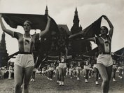 19_Rodchenko, Girls with Kerchiefs, 1935