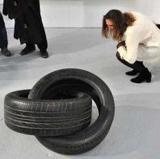 Fabio Viale, Infinito, 2017. Galleria Poggiali, Firenze. ArteFiera 2017