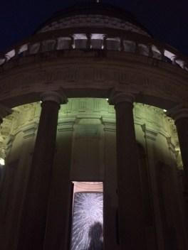 L'installazione di Alberto Di Fabio presso il Tempietto del Bramante