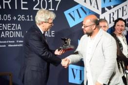 Hassan Khan premiato con il Leone d'argento