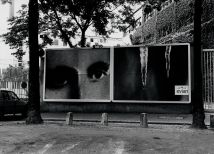 Christian Boltanski Les Regards, 1998 stampa fotografica su cartellone pubblicitario / photo print on billboard veduta di allestimento a Parigi / installation view in Paris, 1998 © C. Boltanski
