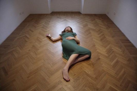 "Jassica Japino, ""SSS"" - STIVALE, SARDEGNA, SICILIA performance:gioiello-scultura 2018, bronzo, dimensioni variabili"