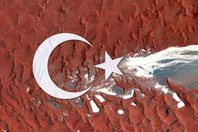 Max Serradifalco, Turkey Earth Flag, Namibia, Antartide, fotografia satellitare, 2016