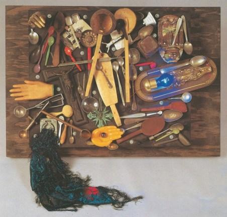 Spoerri Daniel Spoerri Collezione di cucchiai e di croci 1986 tableau 80x120x40 cm Foto Paolo Pugnaghi