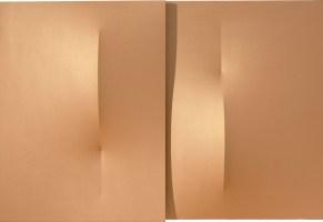 Agostino Bonalumi, Oro, 2013, 120x176 cm, Tela estroflessa e acrilico