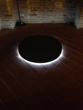 Angelo Bucciacchio, Black hole, 2013, gommapiuma e luci led, 14x100x100 cm