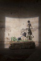 Madonna scheletrita, veduta della mostra, Chiesa di San Matteo