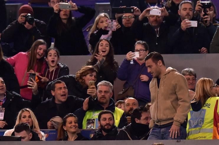 In tribuna durante la gara contro il Palermo. Tullio M. Puglia/Getty Images