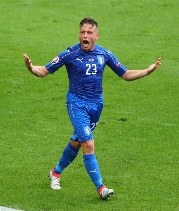 PARIS, FRANCE - JUNE 27:  Emanuele Giaccherini of Italy celebrates his team's second goal during the UEFA EURO 2016 round of 16 match between Italy and Spain at Stade de France on June 27, 2016 in Paris, France.  (Photo by Clive Rose/Getty Images)