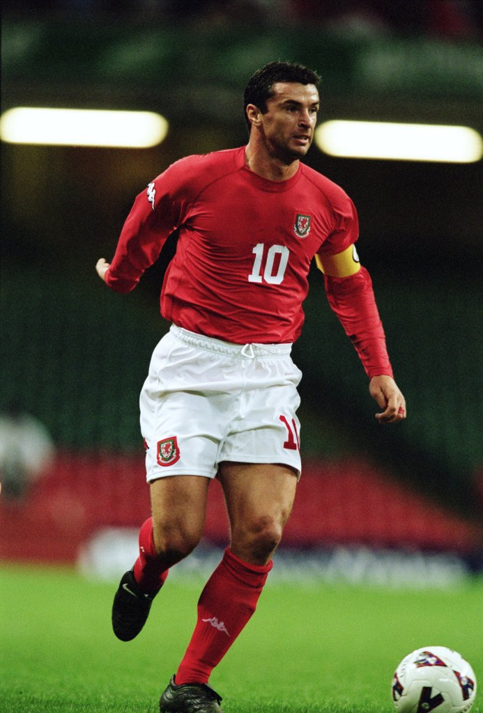 6 Oct 2001: Gary Speed of Wales on the ball during the FIFA 2002 World Cup Qualifier against Belarus played at the Millennium Stadium in Cardiff, Wales. Wales won the match 1 - 0. Mandatory Credit: Phil Cole /Allsport